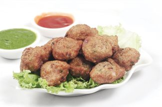 evening snacks lal lobiya ke pakudey