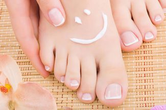 beauty tips how to do manicure at home