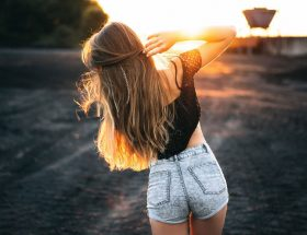 बाल बनाएं स्वस्थ और सुंदर