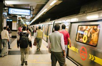 मैट्रो का सफर होगा सुहाना, ऐटीकेट्स कभी न भुलाना