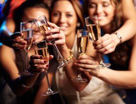 युवा पीढ़ी नशे के आगोश में क्यों