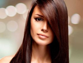 कैराटिन ट्रीटमेंट से चमकाएं बाल