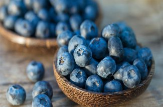 blueberry helpful in dental problems