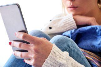 phone-using