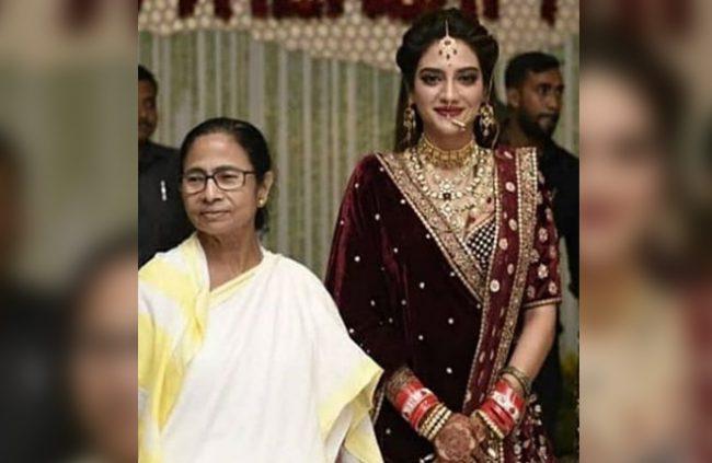 nusrat-jahan-wedding-reception